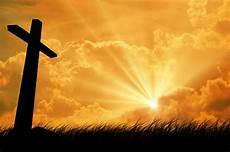 cross loveth (1)